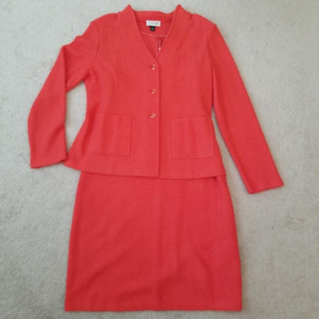 Preload https://item3.tradesy.com/images/st-john-coral-orange-collection-skirt-suit-size-16-xl-plus-0x-26159897-0-1.jpg?width=400&height=650
