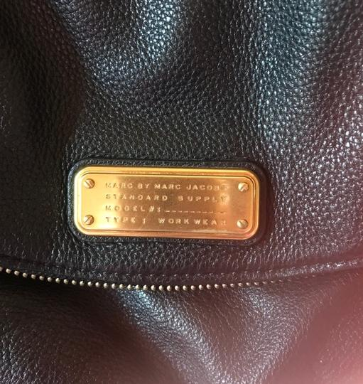 Marc by Marc Jacobs Workwear Leather Leather Foldover Zip Pocket Cross Body Bag Image 5