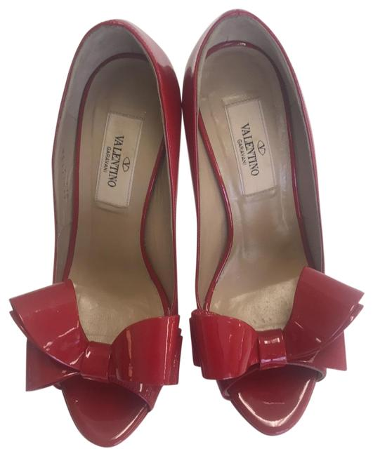 Item - Red Patent Couture Bow Platforms Pumps Size US 6 Regular (M, B)