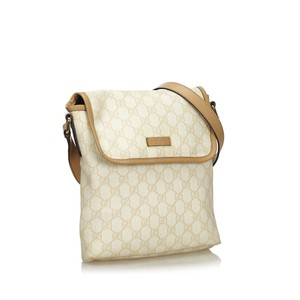 Gucci 9ggucx018 Vintage Leather Cross Body Bag