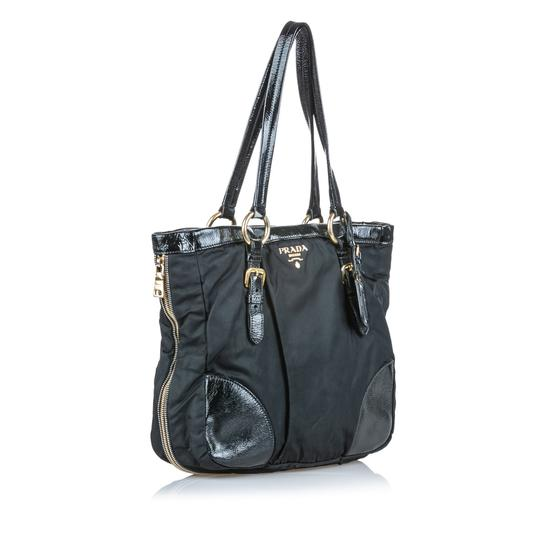 Prada 9dprto037 Vintage Patent Leather Tote in Black Image 2