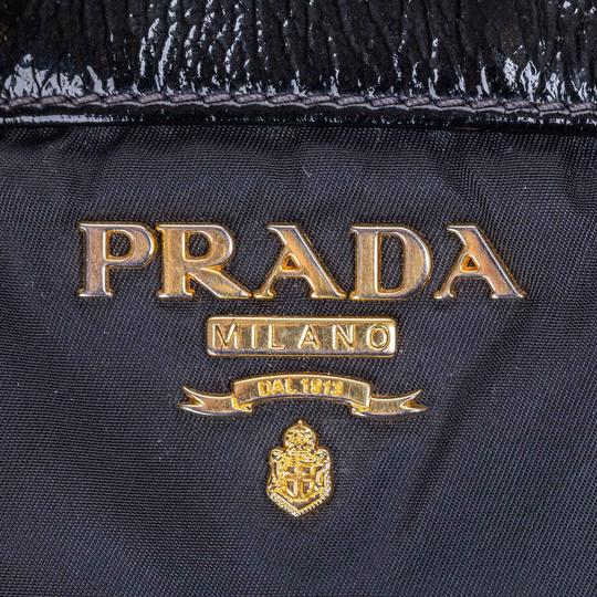 Prada 9dprto037 Vintage Patent Leather Tote in Black Image 7