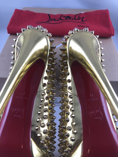 Christian Louboutin Platform Red Sole Gold with spikes Pumps Image 6