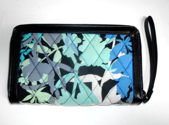 Vera Bradley All in One ID Wristlet Accordion Camofloral Image 6