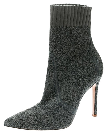 Preload https://img-static.tradesy.com/item/26161807/gianvito-rossi-grey-knit-fiona-pointed-toe-ankle-bootsbooties-size-eu-36-approx-us-6-regular-m-b-0-1-540-540.jpg