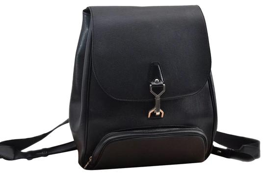 Preload https://img-static.tradesy.com/item/26161877/louis-vuitton-cassiar-leather-taiga-black-noir-backpack-0-1-540-540.jpg