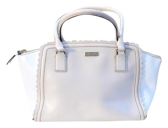 Preload https://img-static.tradesy.com/item/26161881/kate-spade-cream-white-leather-satchel-0-1-540-540.jpg