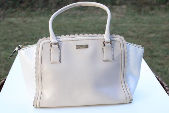 Kate Spade Satchel in cream white Image 9