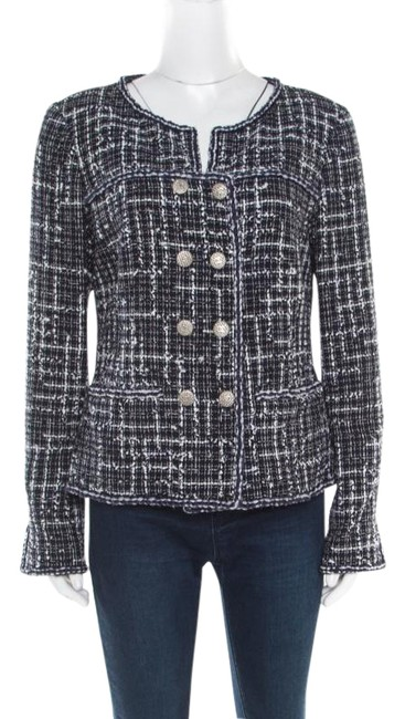 Preload https://img-static.tradesy.com/item/26161902/chanel-blue-tweed-double-breasted-jacket-size-10-m-0-1-650-650.jpg