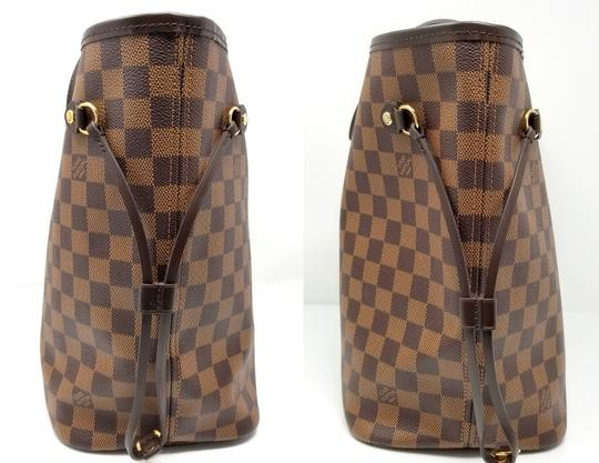 Louis Vuitton Lv Shoulder Neverful Damier Ebene Tote in Brown,Red Image 2