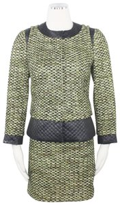 Carlisle Collarless Green Tweed Quilted Contrast Accents Snap Button Skirt Suit