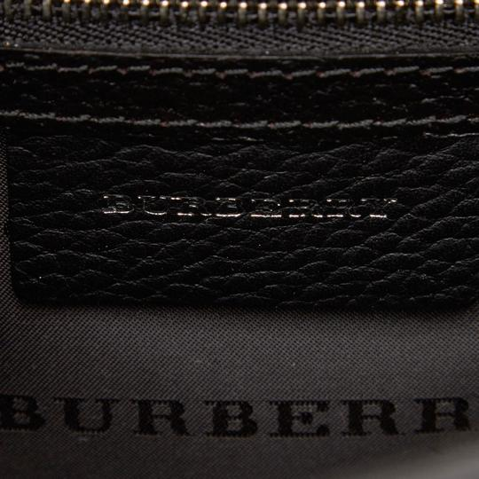 Burberry 9abucx001 Vintage Leather Cross Body Bag Image 5