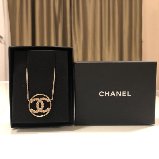 Chanel 2019 CC Logo Rounded Crystals GHW Image 4