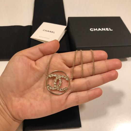 Chanel 2019 CC Logo Rounded Crystals GHW Image 8