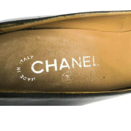 Chanel Black Pumps Image 5