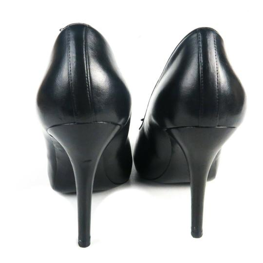 Chanel Black Pumps Image 7