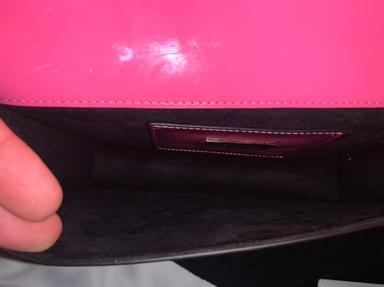 GEDEBE PINK Clutch Image 6