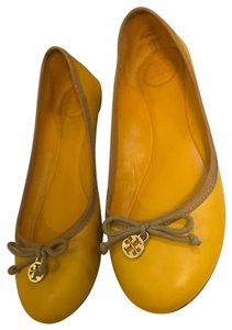 Tory Burch Leather Bow mustard Flats