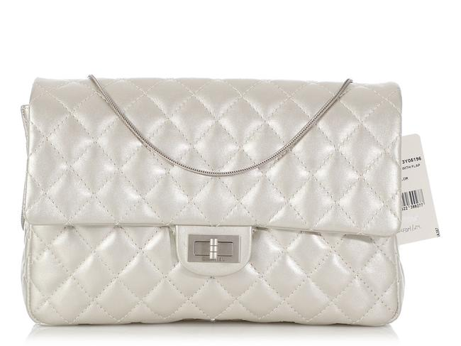 Item - 2.55 Reissue Quilted Metallic Silver Calfskin Leather Clutch