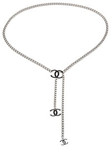 Chanel Silver-tone chain-link Chanel interlocking CC charm belt
