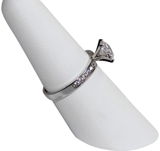 Preload https://img-static.tradesy.com/item/26165114/brilliant-round-243-carat-cz-on-polished-solid-sterling-silver-ring-0-2-540-540.jpg