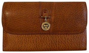 Etienne Aigner Leather Made in Italy
