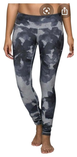 Preload https://img-static.tradesy.com/item/26166976/lululemon-gray-floral-platoon-activewear-bottoms-size-4-s-0-2-650-650.jpg
