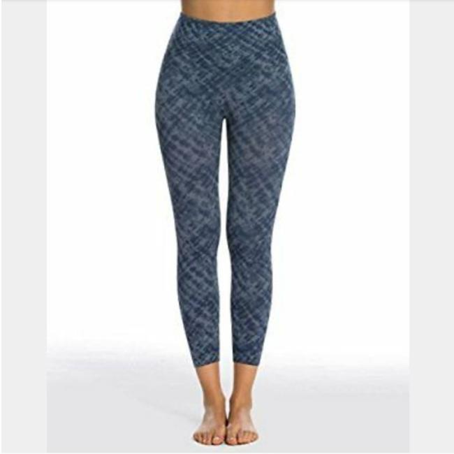 Preload https://item2.tradesy.com/images/spanx-blue-look-at-me-now-leggings-size-8-m-29-30-26167126-0-1.jpg?width=400&height=650