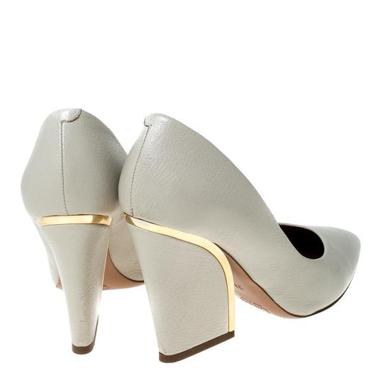 Chloé Leather Beige Pumps Image 3