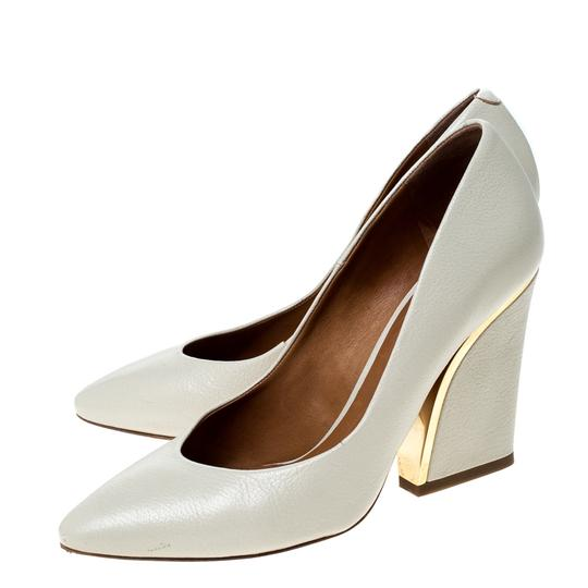 Chloé Leather Beige Pumps Image 4