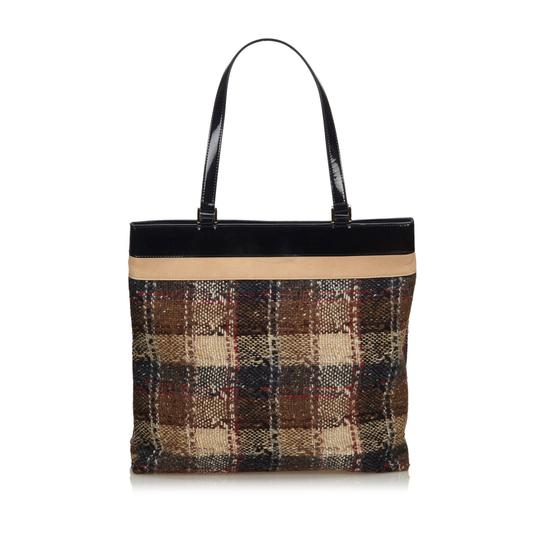 Burberry 9gbuto023 Vintage Patent Leather Tote in Brown Image 1