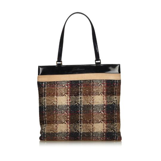 Burberry 9gbuto023 Vintage Patent Leather Tote in Brown Image 10