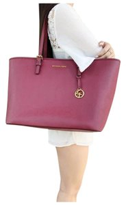 Michael Kors Womens Leather Gold Tote in Mulberry