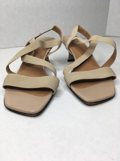 Stuart Weitzman Elastic Simple Elegant Kitten Heel Tan Sandals Image 9