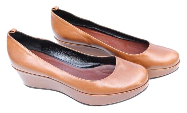 Item - Tan Leath Wedges Size US 8 Regular (M, B)