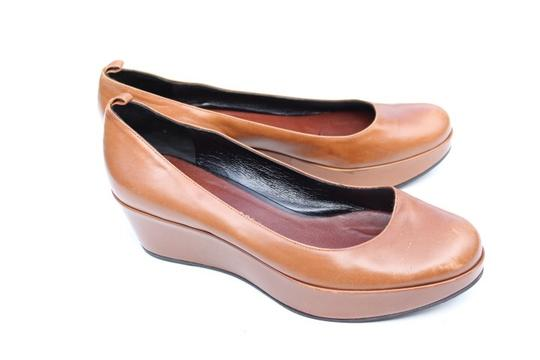 Marc by Marc Jacobs tan Wedges Image 10