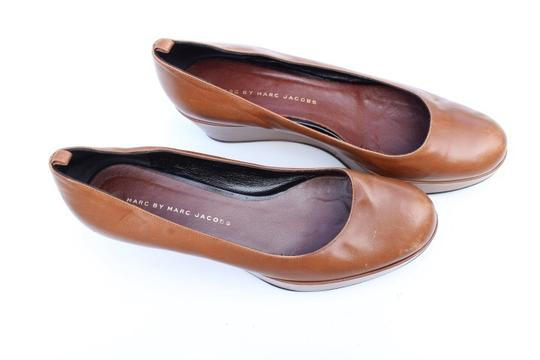 Marc by Marc Jacobs tan Wedges Image 3