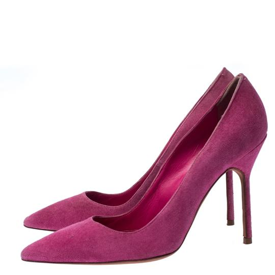 Manolo Blahnik Pointed Toe Suede Leather Pink Pumps Image 3