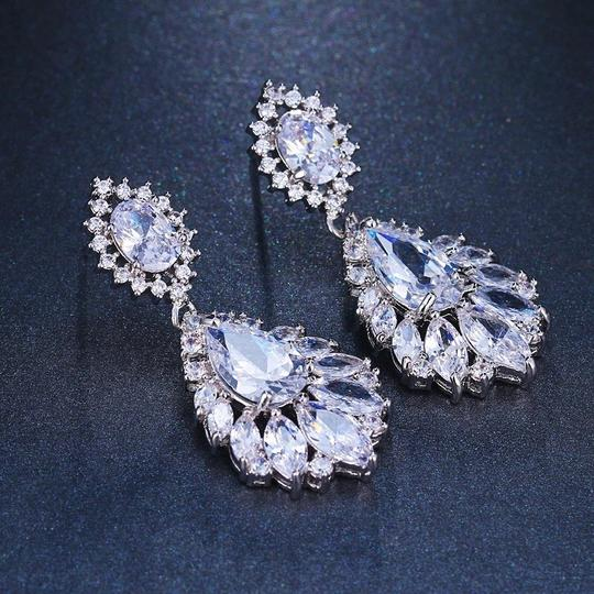 Earring Bridal Wedding Crystal Silver Dangle Fall Bridesmaid Bride Prom Clear Cluster Leaf Vine Cz New Bling Earring Bridal Wedding Crystal Silver Dangle Fall Bridesmaid Bride Prom Clear Cluster Leaf Vine Cz New Bling Image 3