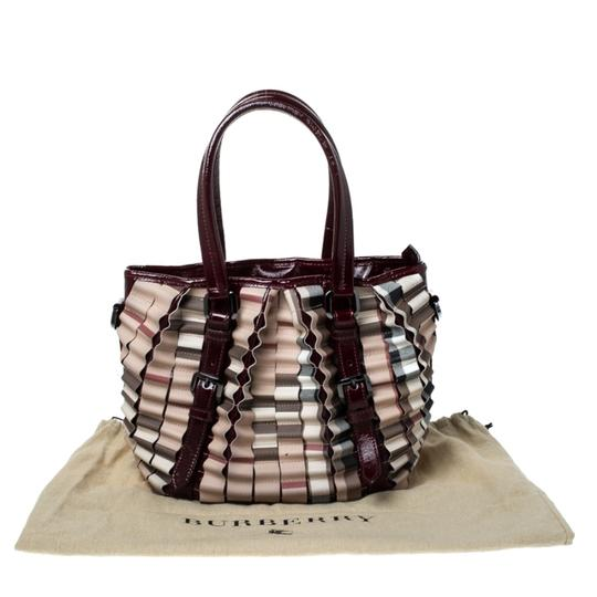 Burberry Canvas Pvc Patent Leather Tote in Beige Image 11