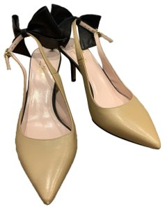 Kate Spade nude and black Pumps