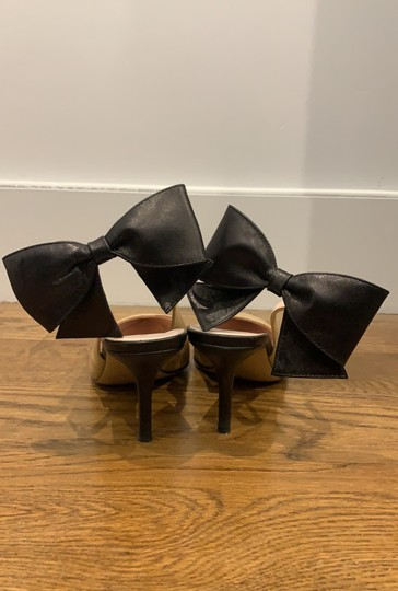 Kate Spade nude and black Pumps Image 3