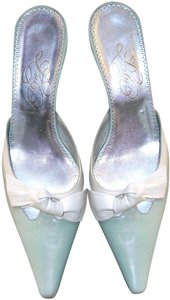 Luly Yang Pale Green w Cream Mules