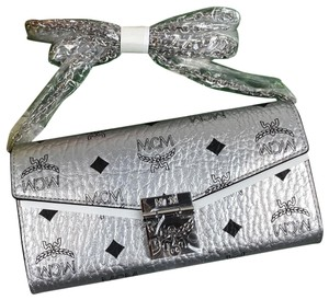 MCM MCM Patricia crossbody wallet chain
