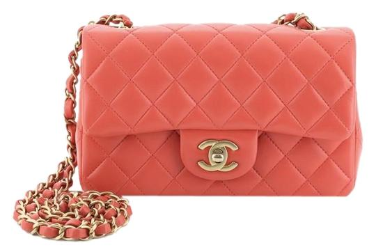 Preload https://img-static.tradesy.com/item/26173833/chanel-classic-flap-classic-single-quilted-mini-pink-lambskin-leather-cross-body-bag-0-2-540-540.jpg