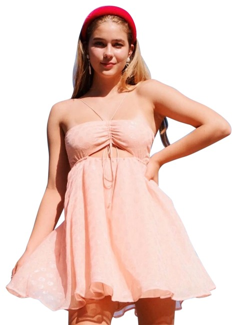 Preload https://img-static.tradesy.com/item/26173918/for-love-and-lemons-pink-hampton-party-short-cocktail-dress-size-0-xs-0-2-650-650.jpg