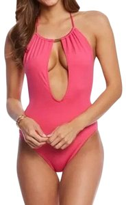 Vince Camuto Vince Camuto Solid U-Back One Piece Swimsuit
