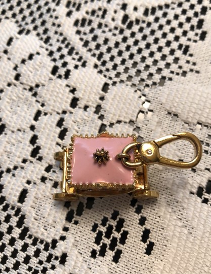 Juicy Couture princess carriage charm Image 1
