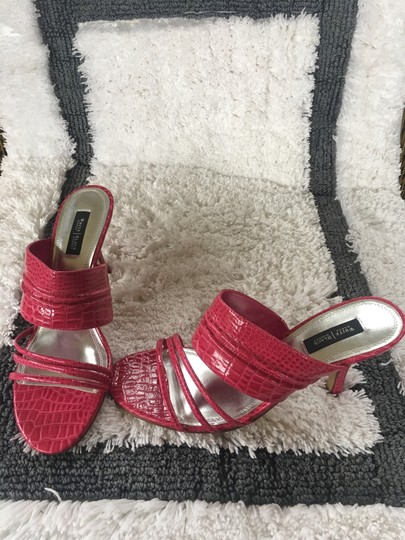 White House | Black Market Pink/Fushia Color #021 Sandals Image 3