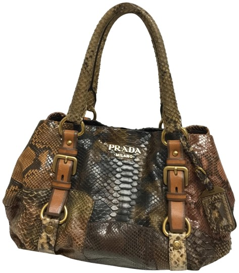 Preload https://img-static.tradesy.com/item/26174502/prada-patchwork-tote-brown-snakeskin-leather-shoulder-bag-0-3-540-540.jpg